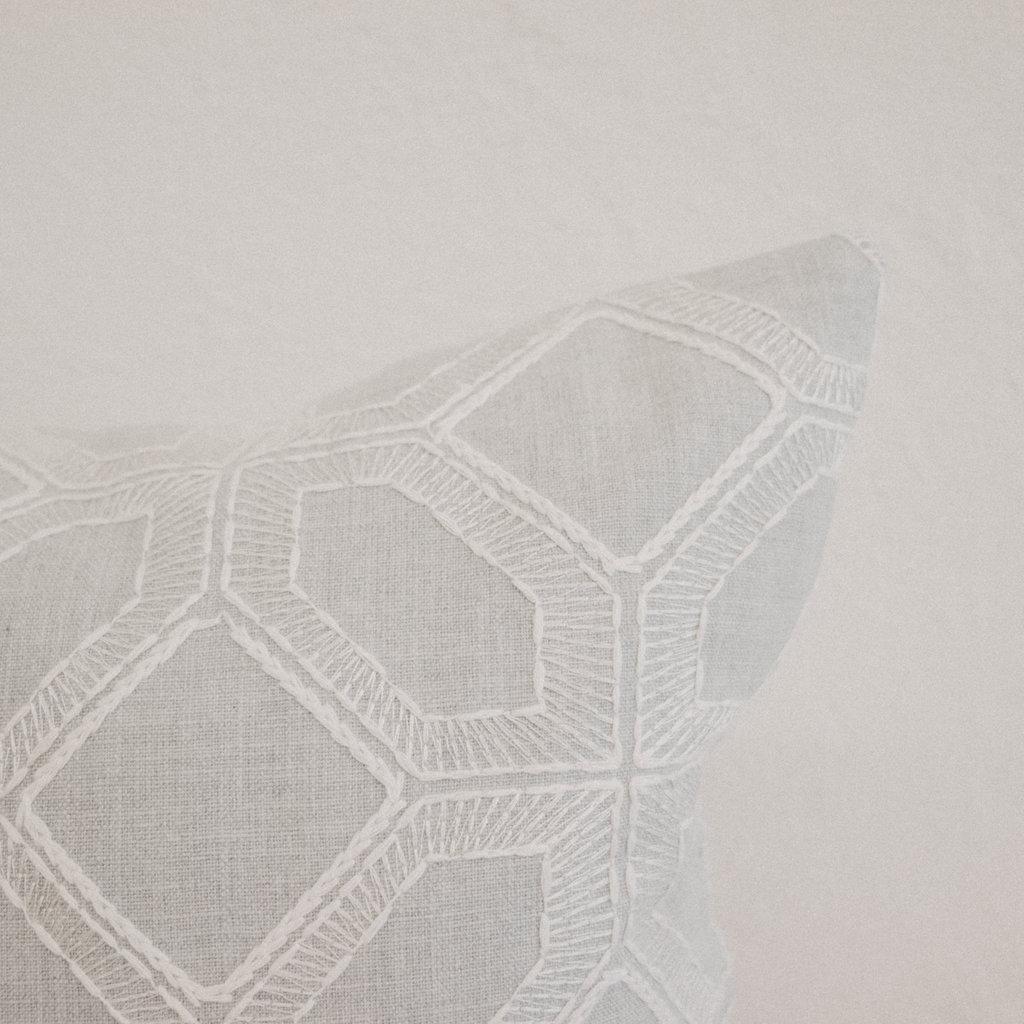 NOMAD Aden Linen Pillow 16x26