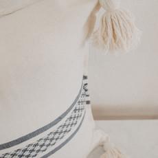 Oaxaca Cream/Blue Embroidered