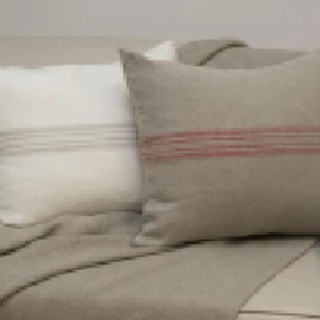 - Natural/Red Maison Linen Pillow Cover