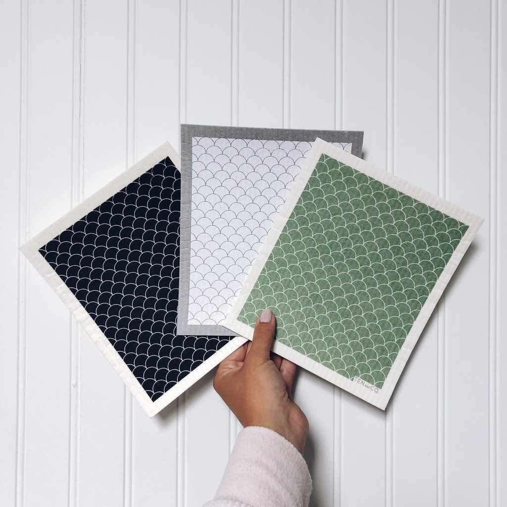 Ten & Co Scallop Sage Sponge Cloth