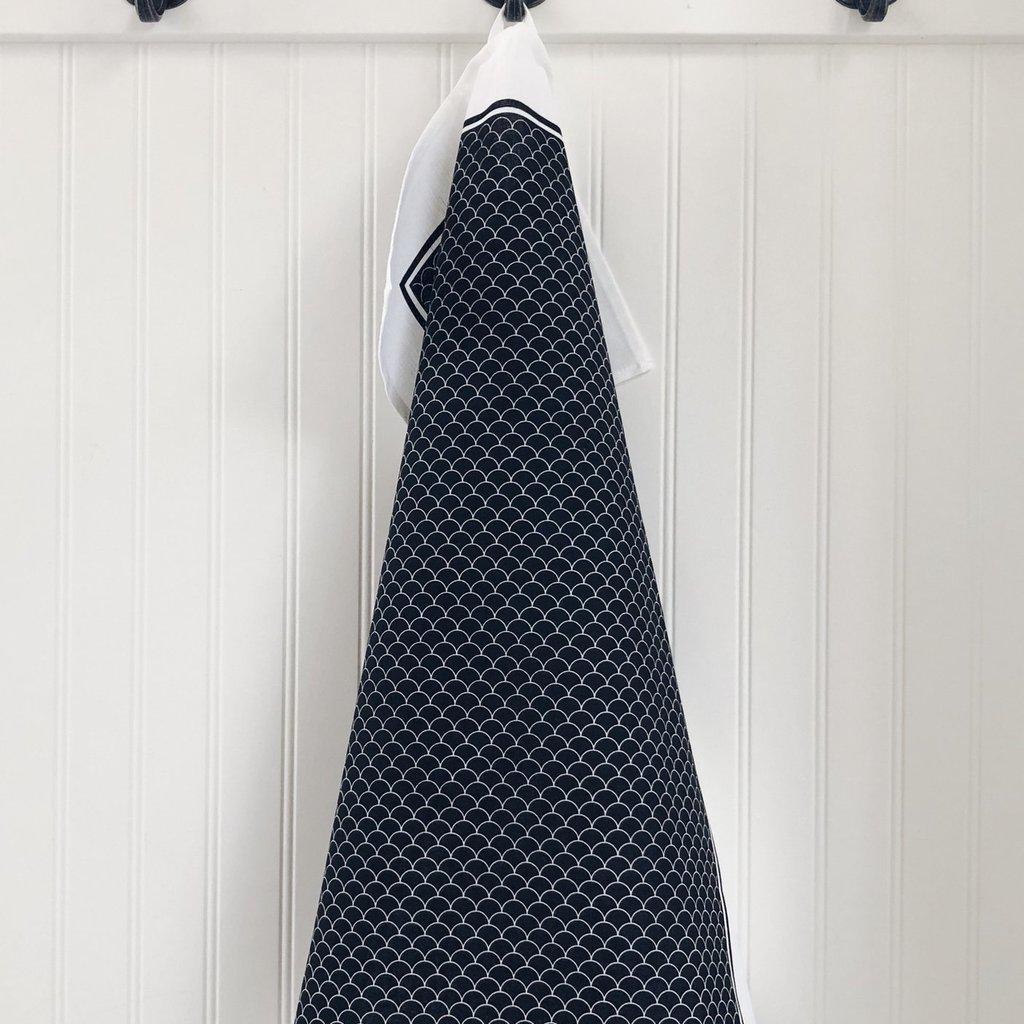 Ten & Co Tea Towel Scallop Black
