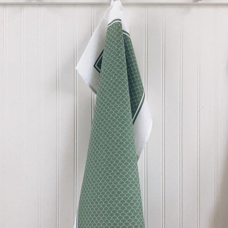 - Tea Towel Scallop Sage