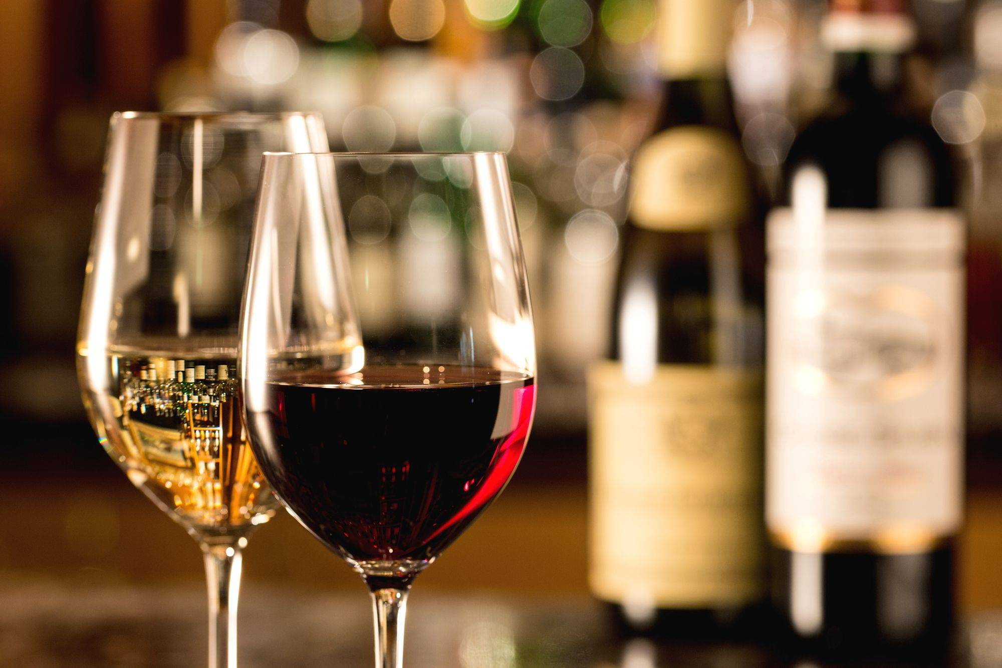 10% OFF ON ALL AMERICAN WINES