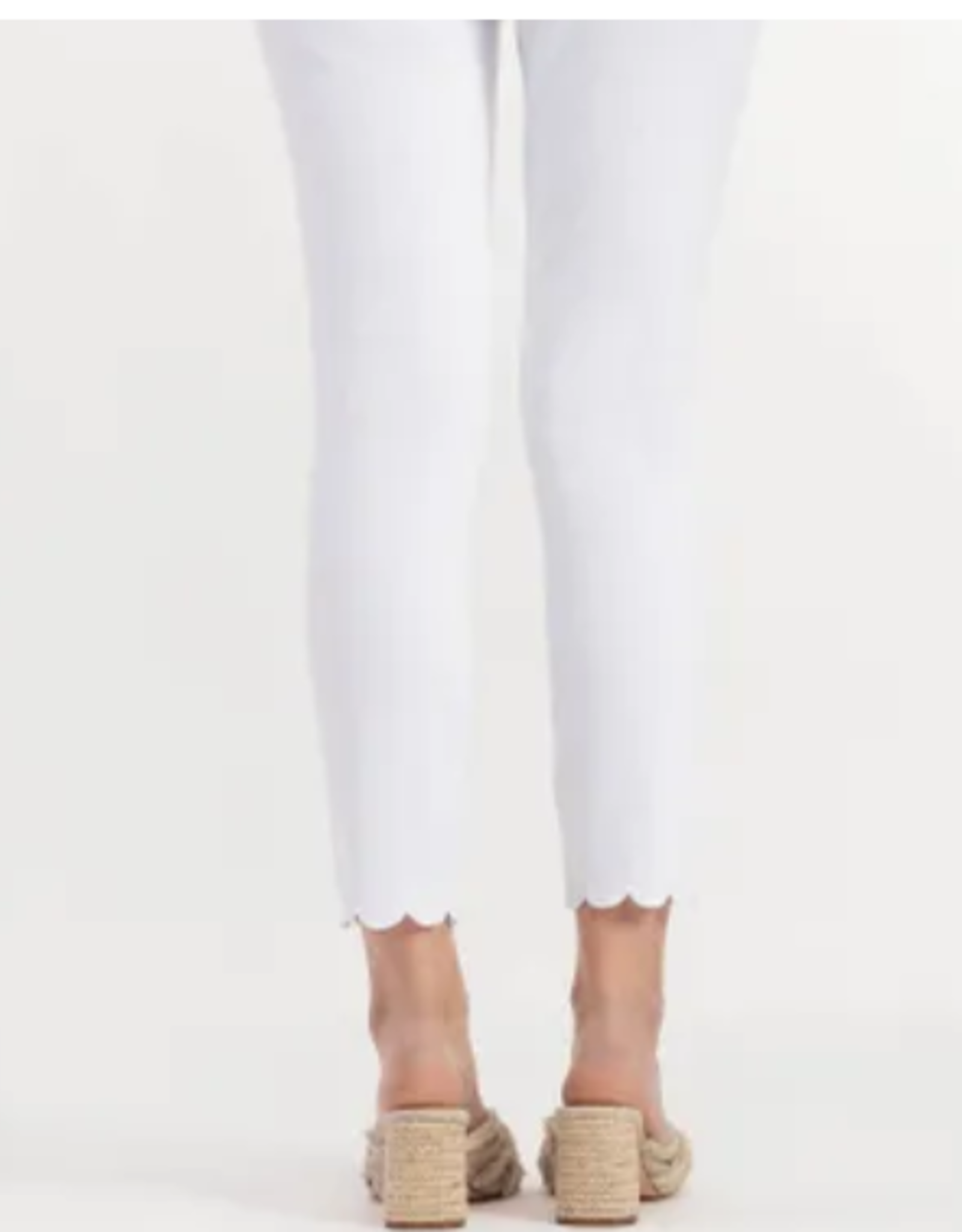 Flatten It scallop hem capri