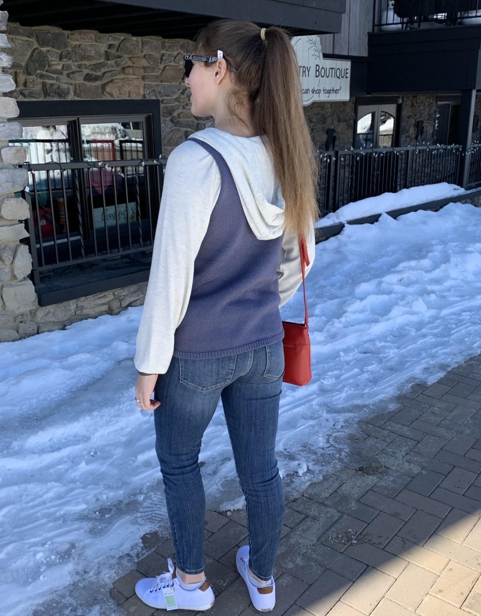 Sweater Cami- Fountain