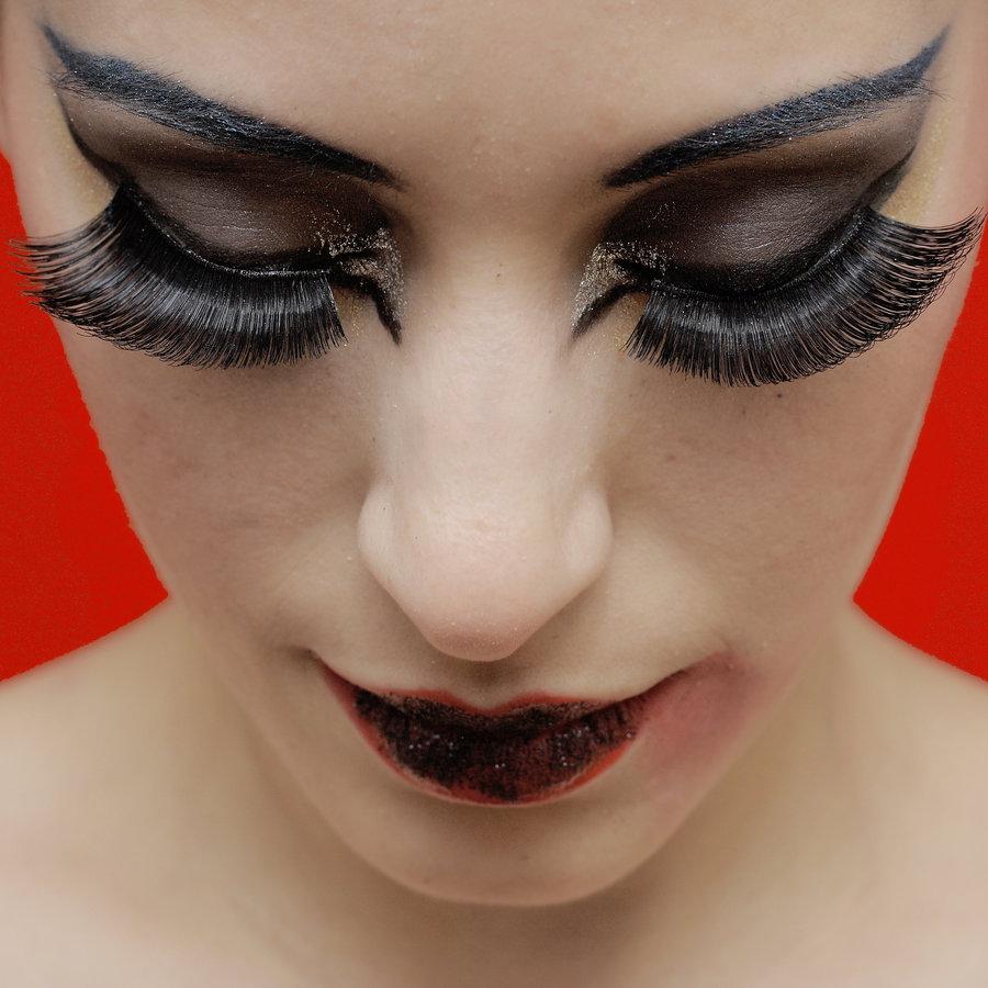 Eyelashes, Make-up &  Earrings