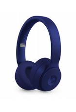 APPLE Casque d'écoute sans fil avec annulation du bruit Solo Pro Wireless de Beats - Collection Plus mat - Bleu foncé