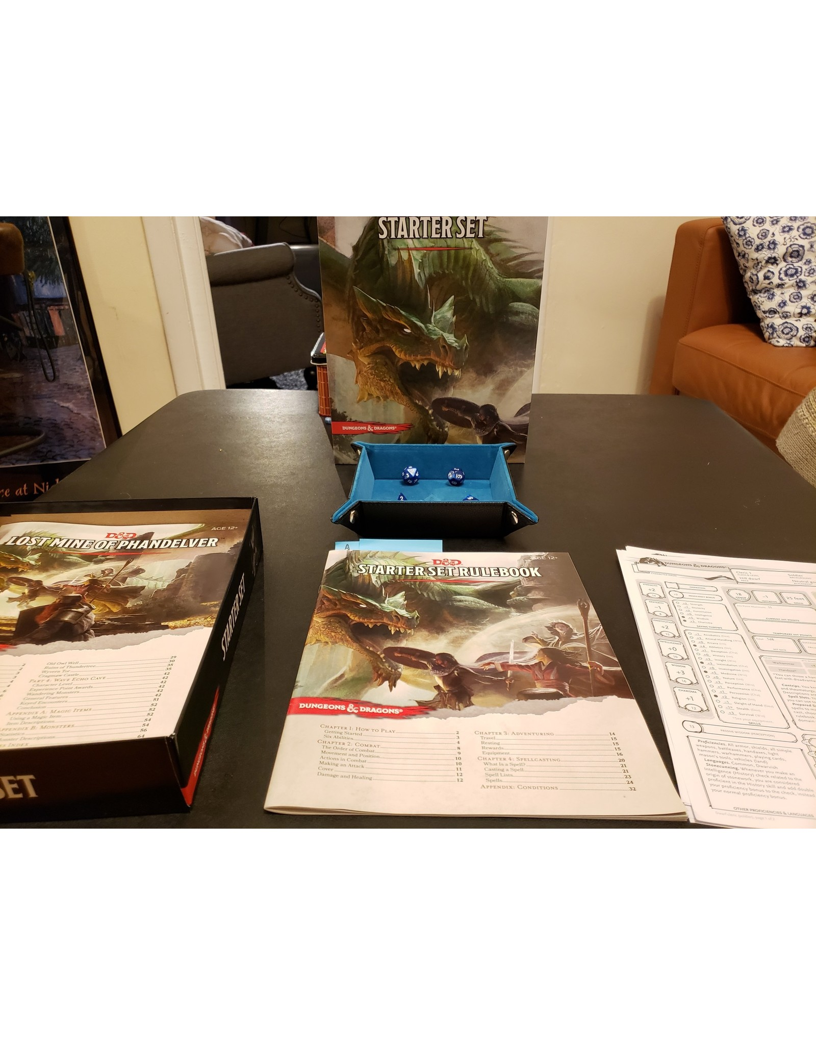 Dungeons & Dragons Dungeons & Dragons  Fifth Edition Starter Set