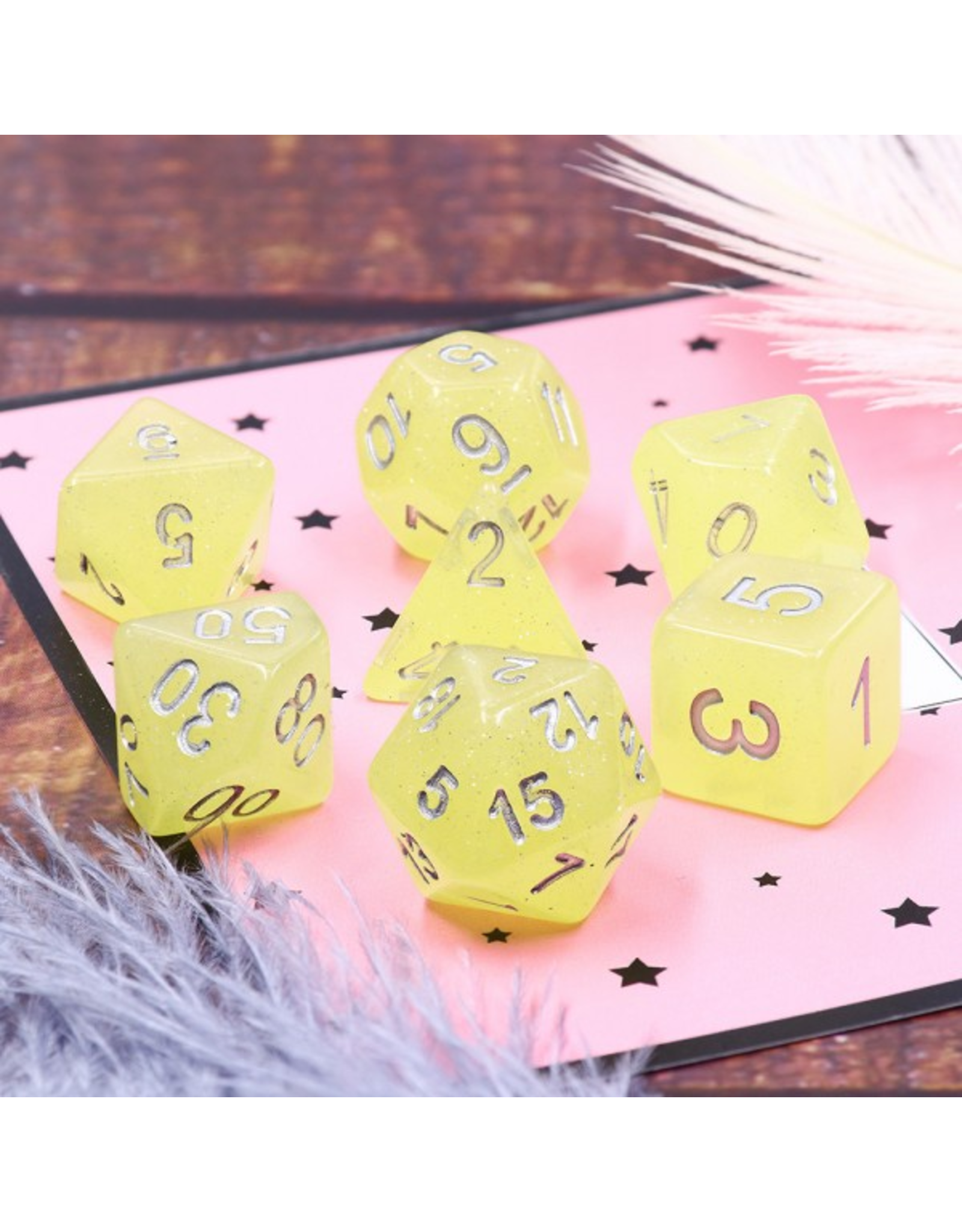 HD Dice Dice: 7-Set Translucent Glitter Yellow with Silver Numbers (HD)