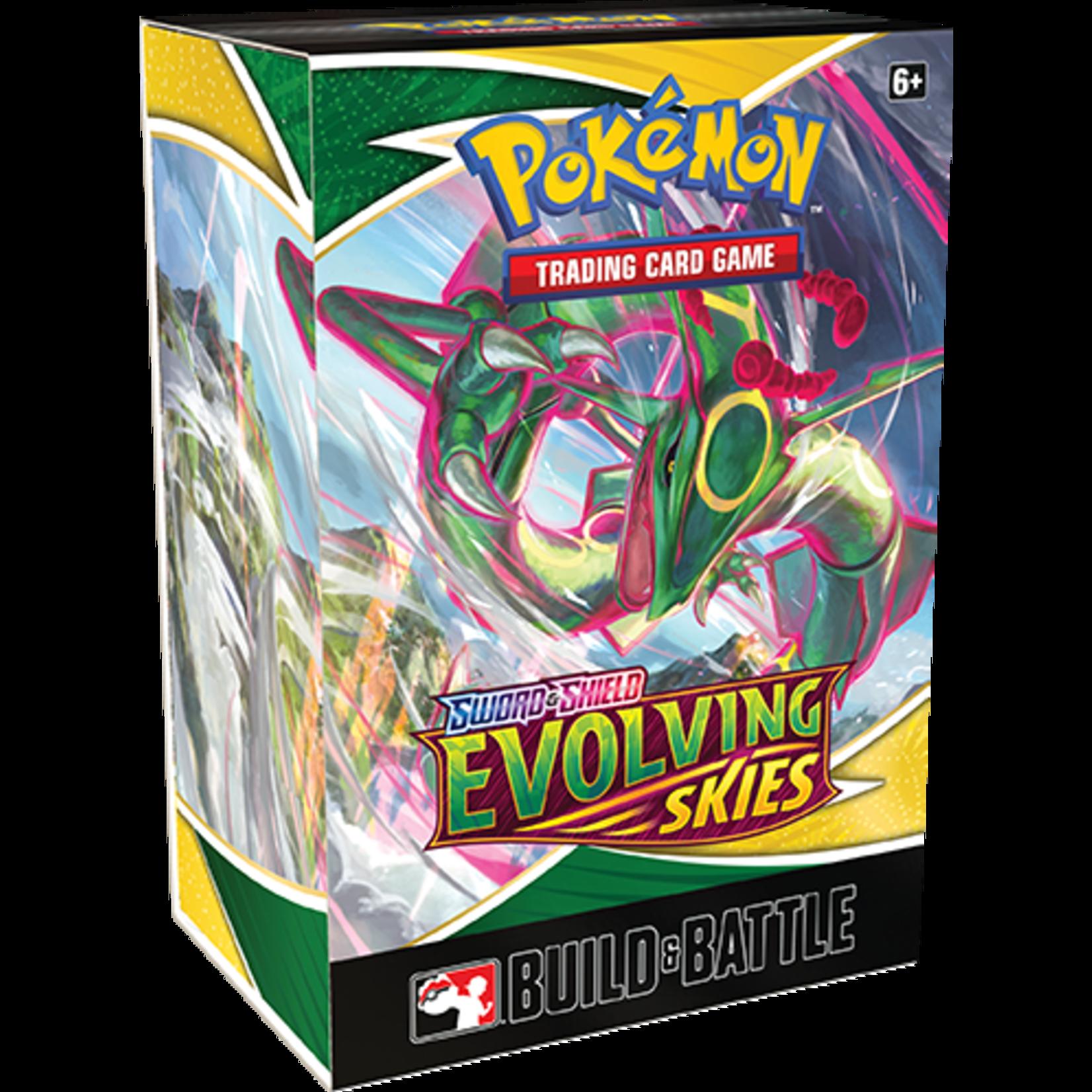 Pokémon Pokémon TCG: Sword & Shield—Evolving Skies Build & Battle Box