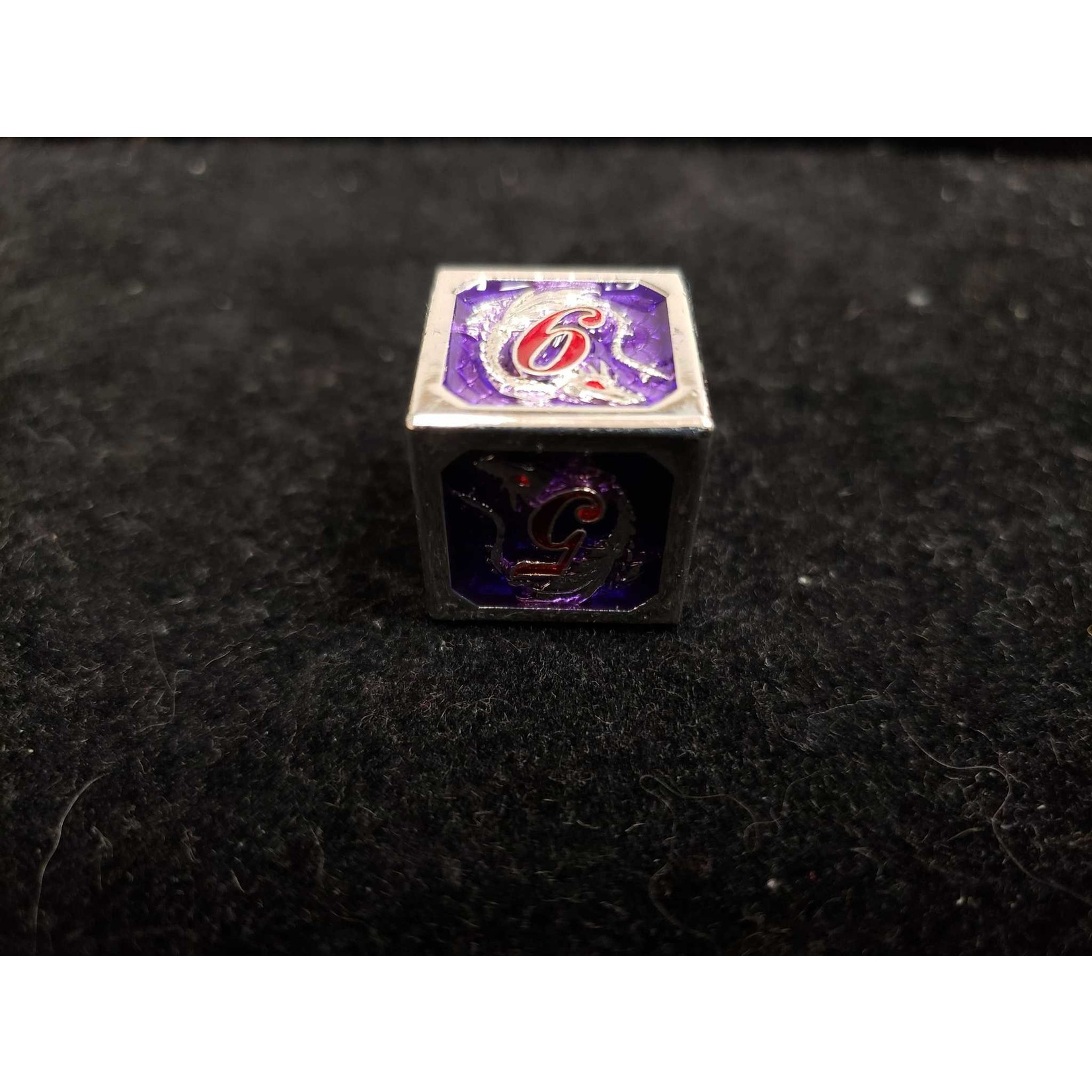 Hymgho Dice US Hymgho: D6 Silver and Purple with Red Lettering Solid Metal Dragon Die