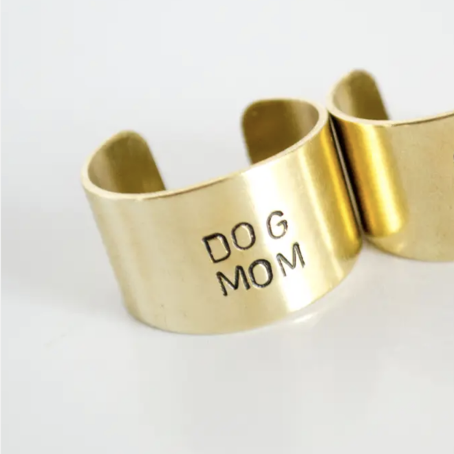 """""""Dog Mom"""" Brass Ring"""