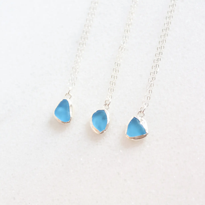 """Turquoise Sea glass 18"""" Necklace"""