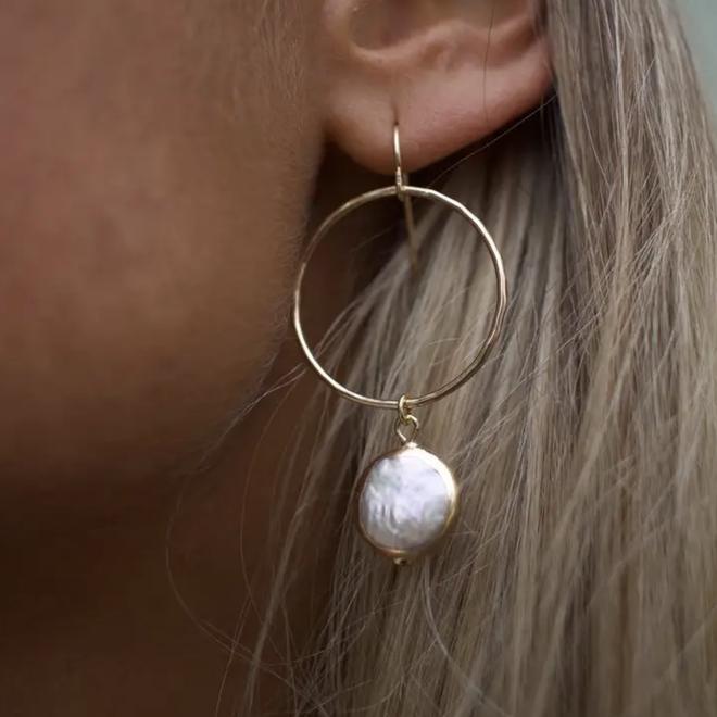 Arielle Pearl Earrings