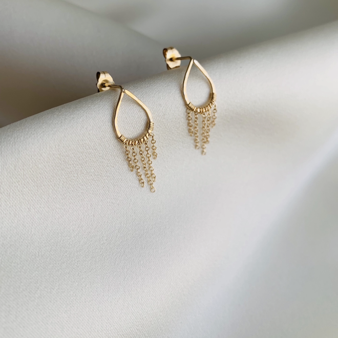 Pilar Studs With Chain Earrings