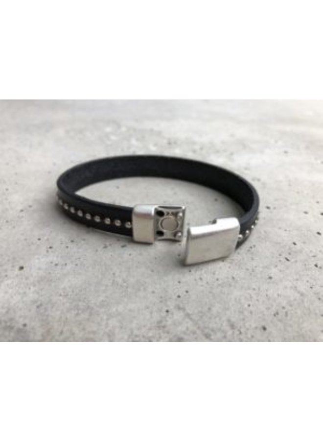 Leather band w/ silver beads & clasp