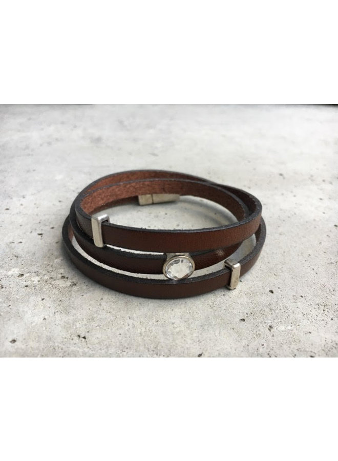 leather 3 band bracelet w.charms