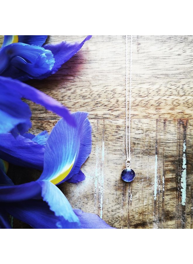 Blue Flag Iris Necklace Silver 10mm
