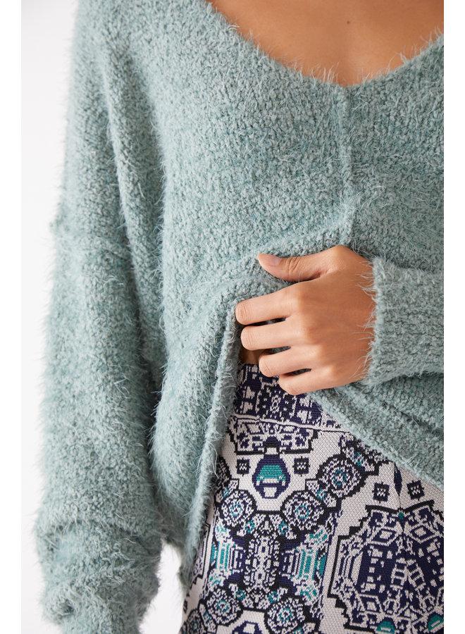 Icing V Pullover