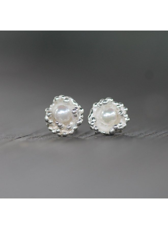 Lana Studs White Pearl/Sterling Silver