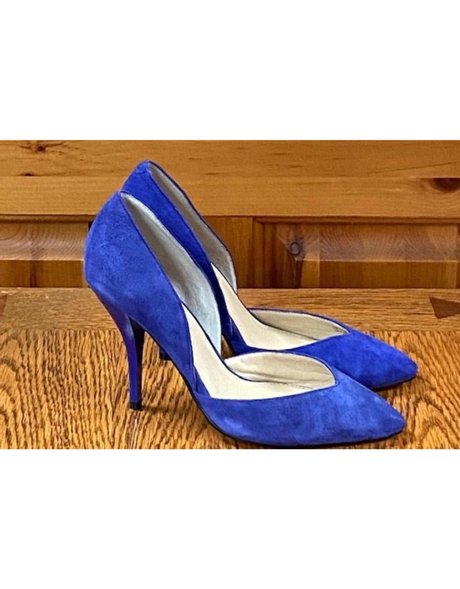 Marc Fisher Marc Fisher Suede Pump