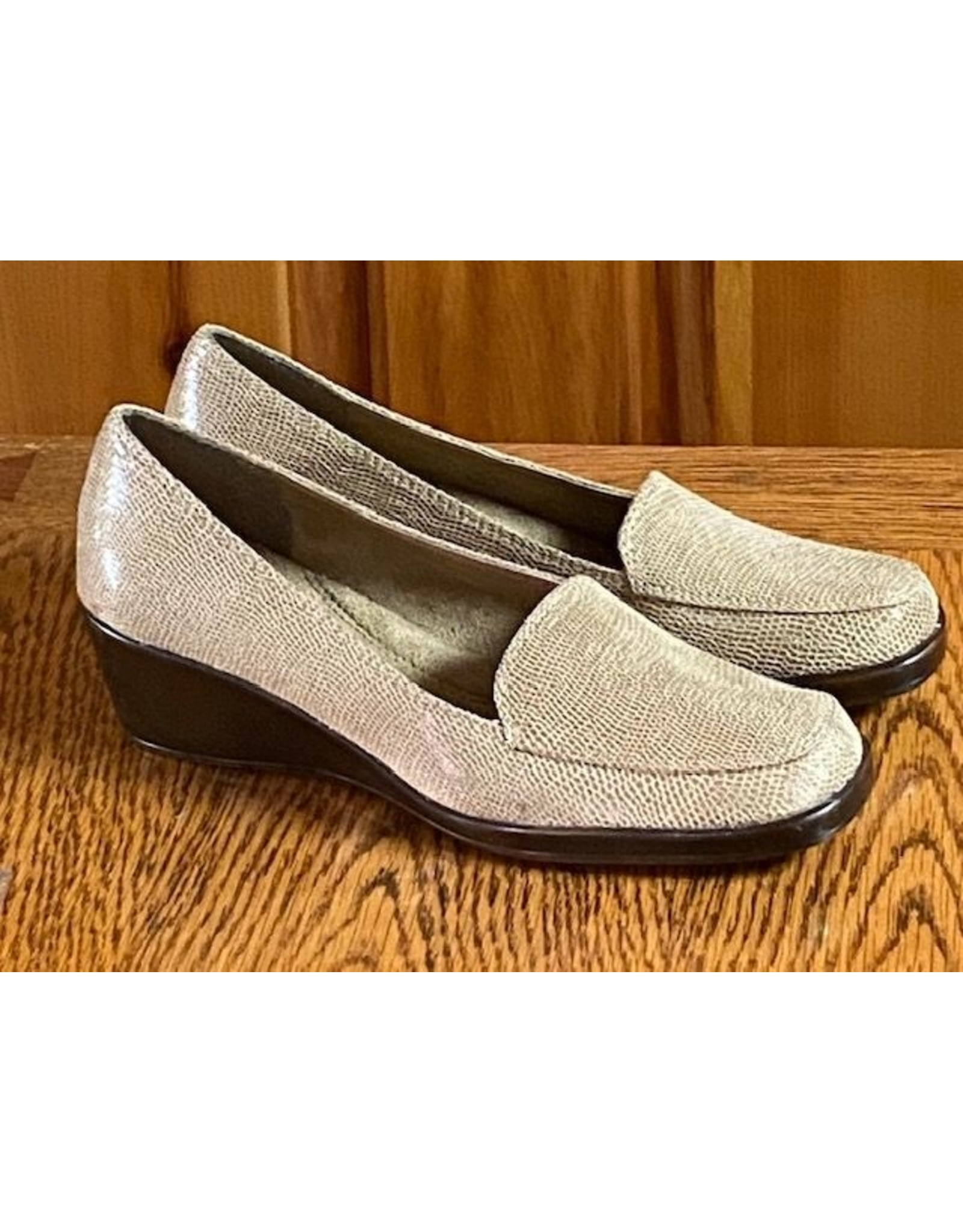 Aerosoles Low Wedge Shoe
