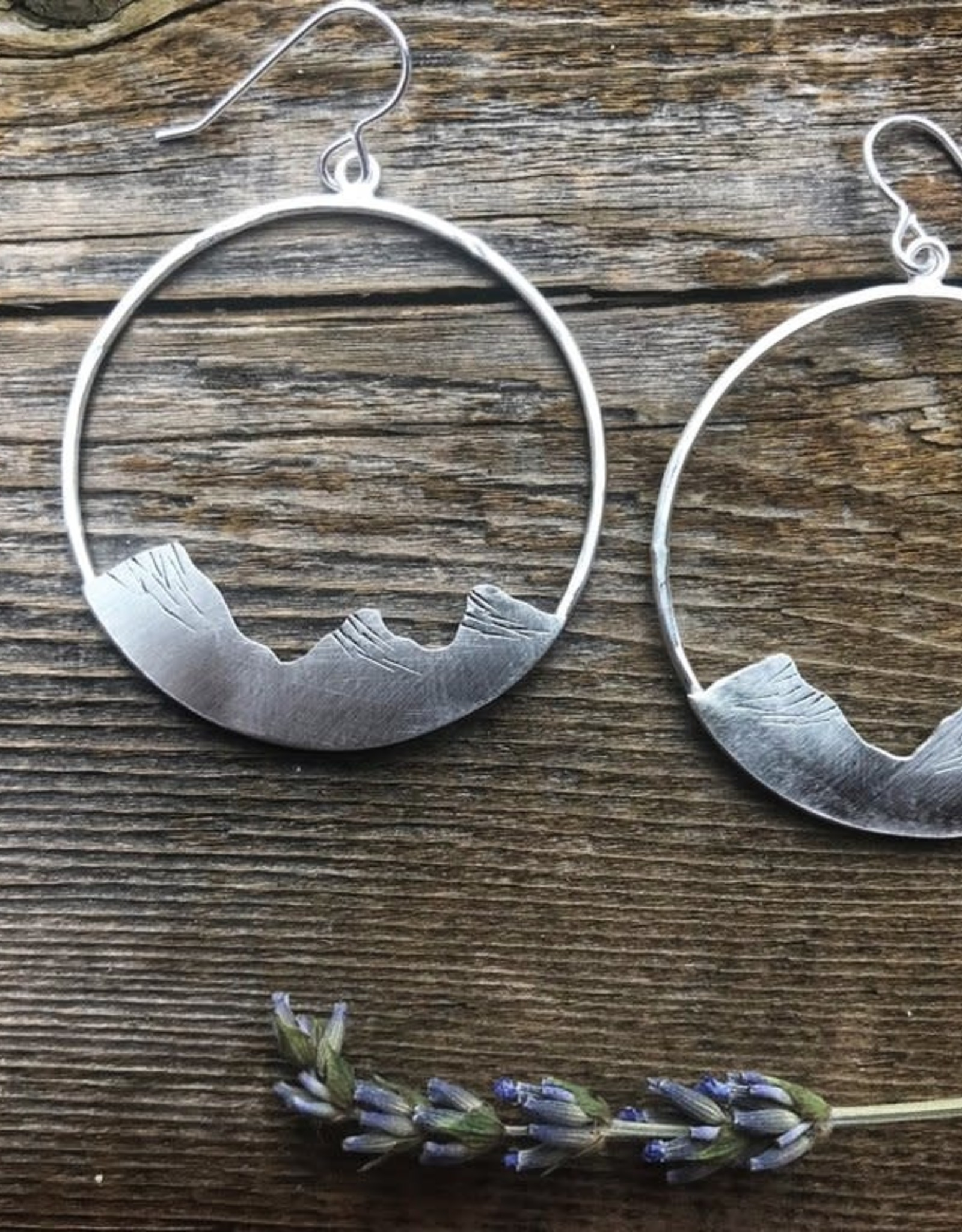 ALPENGLOW JEWELRY ALPENGLOW JEWELRY-SILVER THREE SISTERS HOOPS