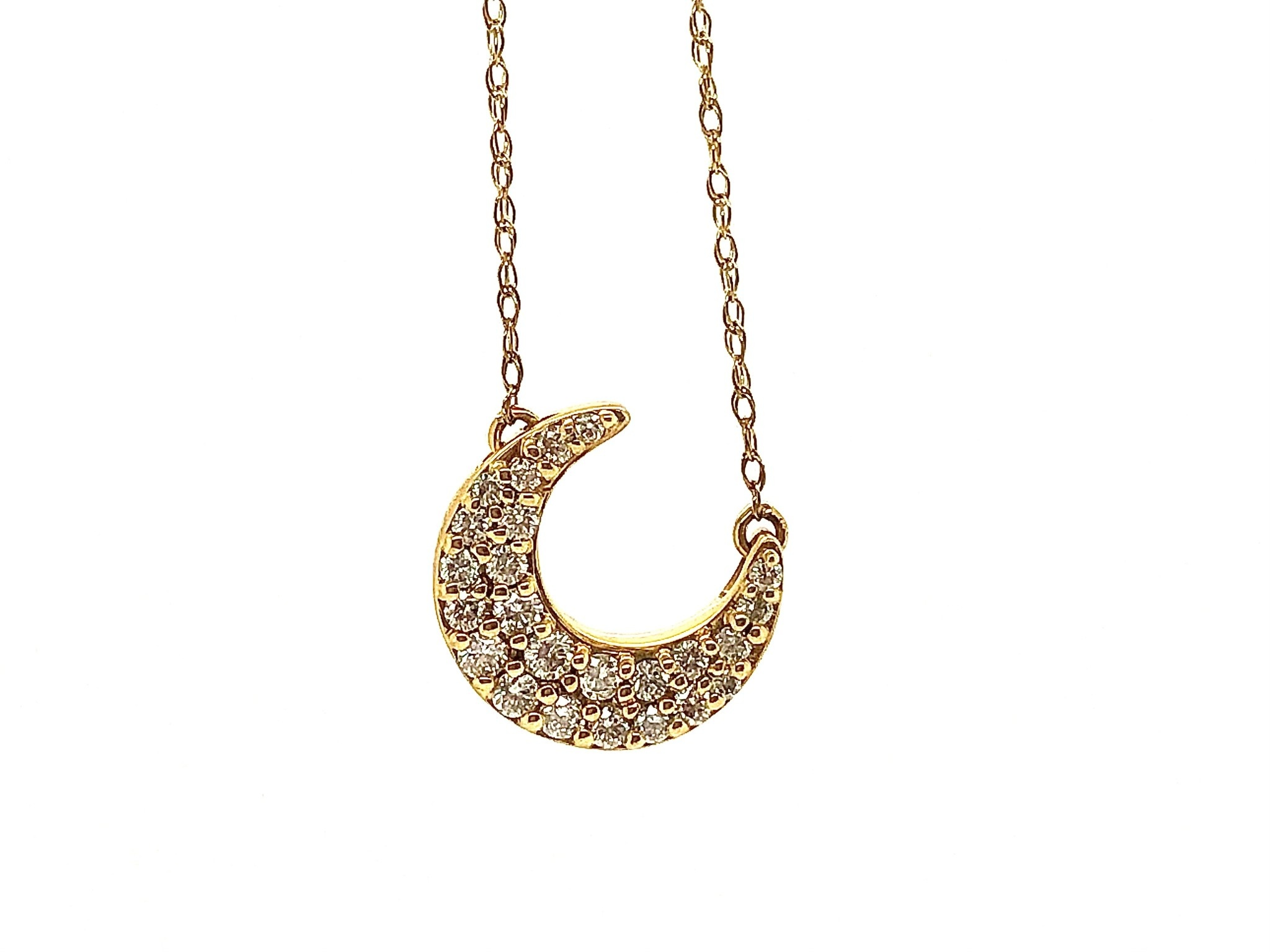 "10KY .30ctw Diamond Crescent Moon 18"" Necklace"