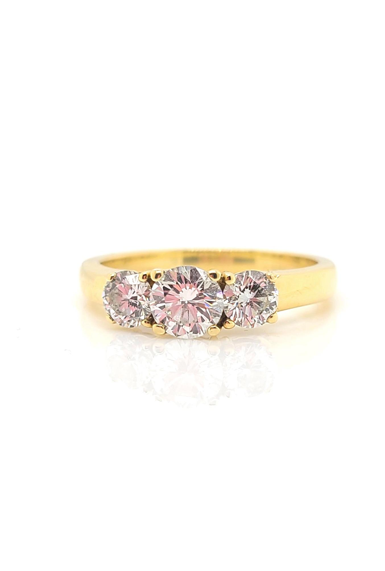 14kt Yellow Stone 3-Stone Diamond Ring, 1.0ctw G/VS