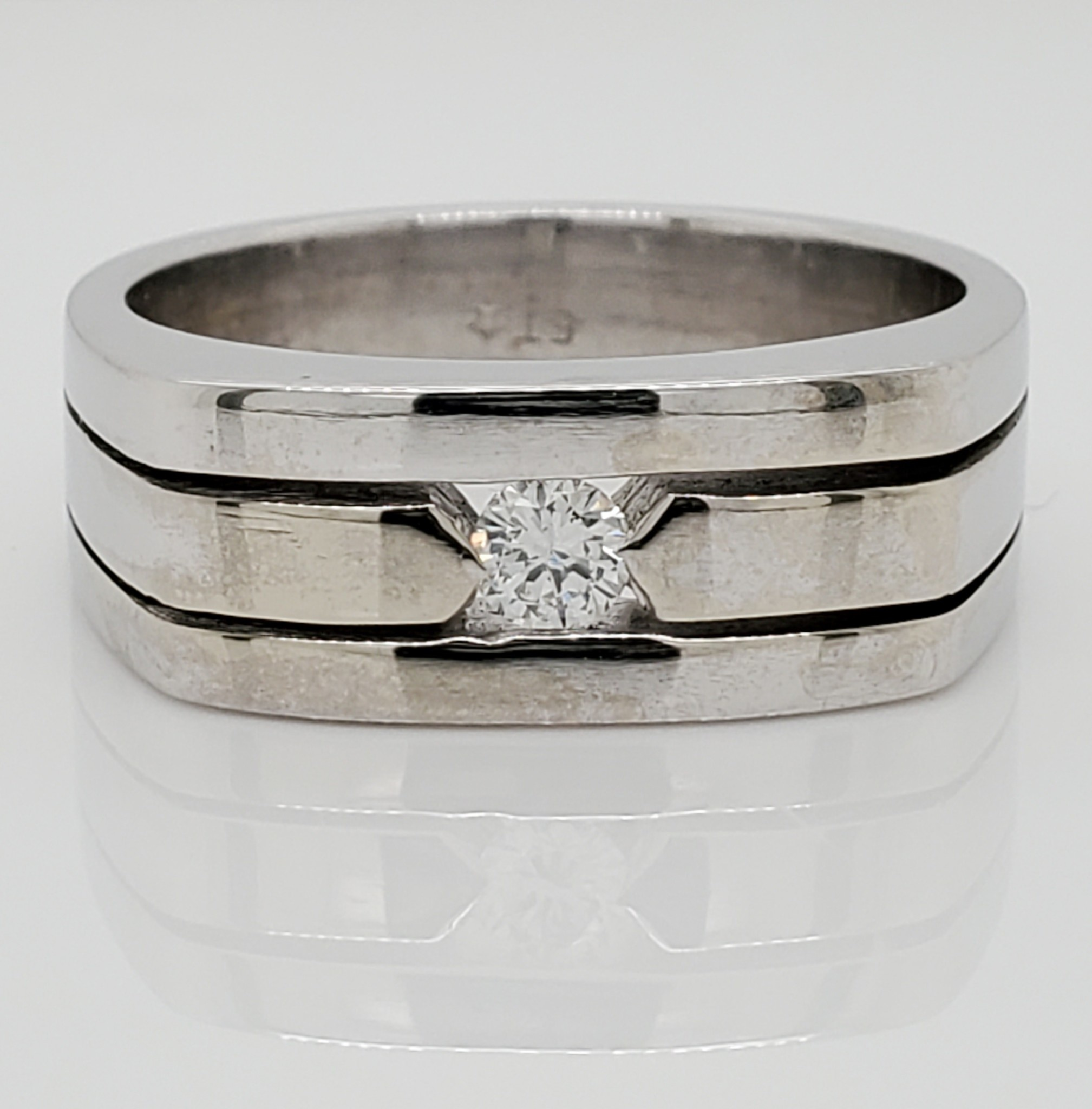 14KT White Gold Men's Ring with 3.25mm Round Diamond