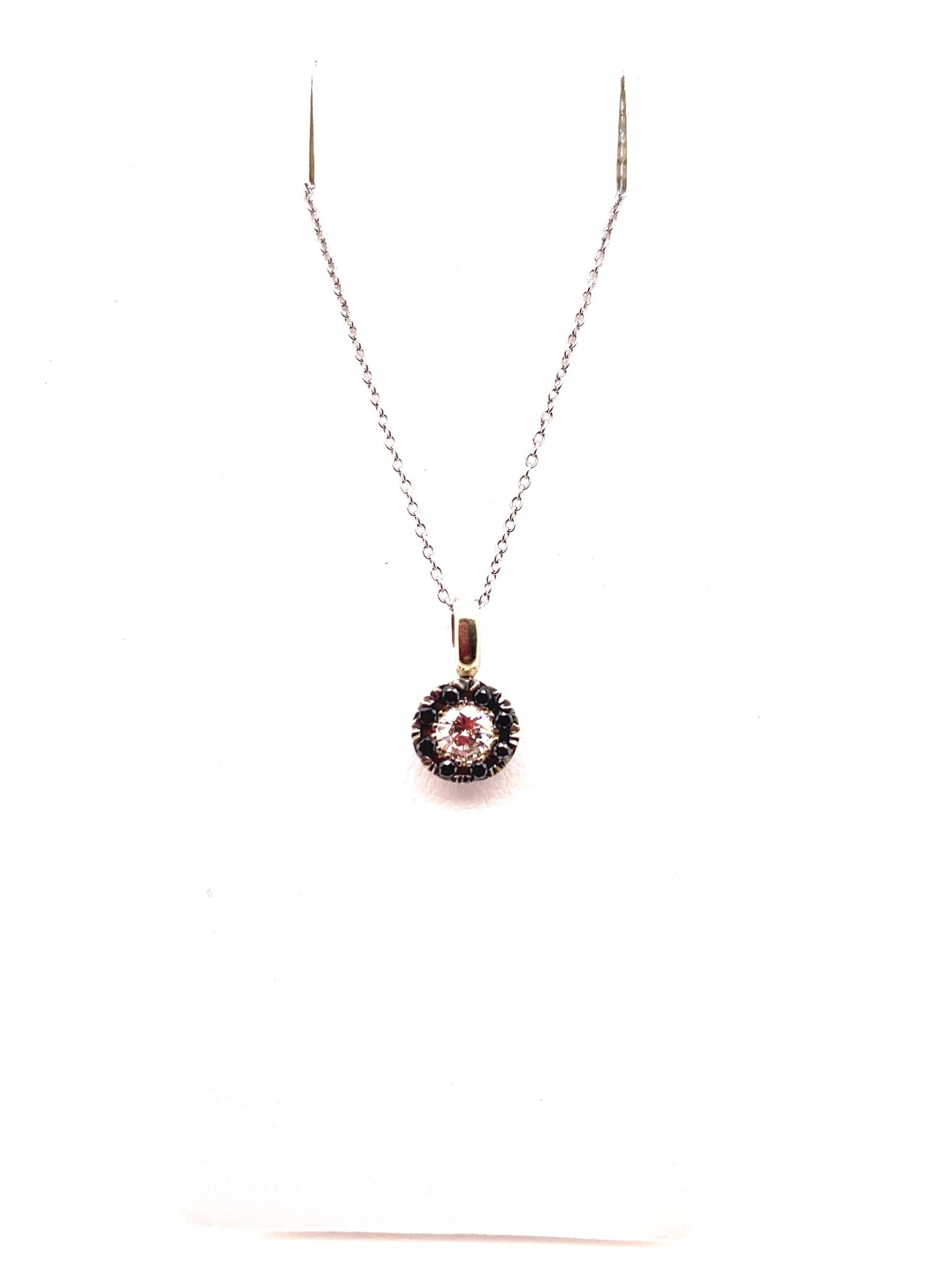 18K white gold 0.30ct diamond with 0.14ct black diamond halo pendant