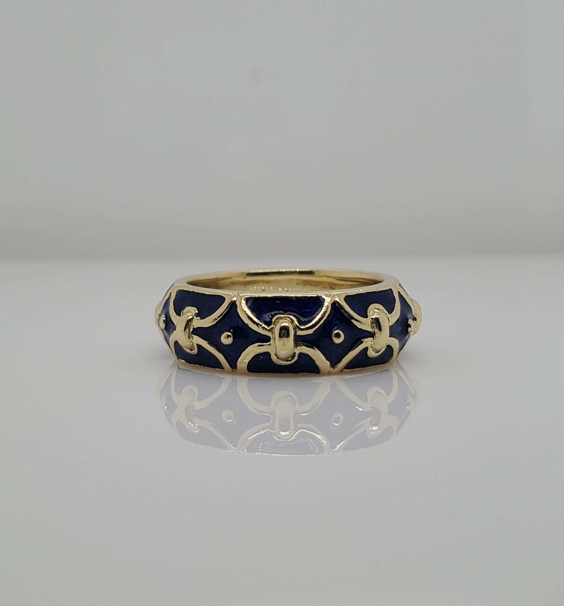 18KT YG Blue Enamel Estate Ring