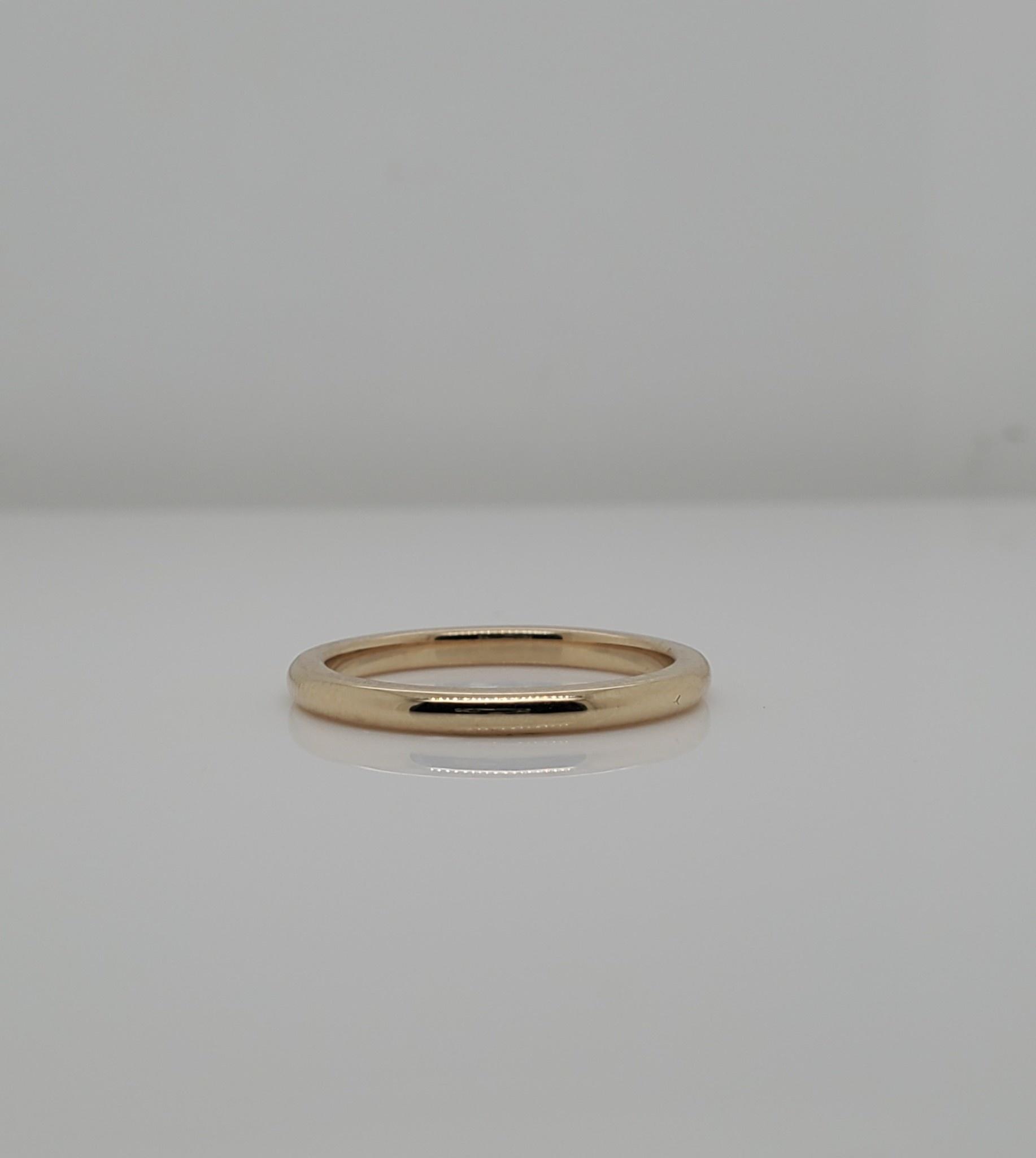 14KT YG 1.8mm Wedding Band SZ 5