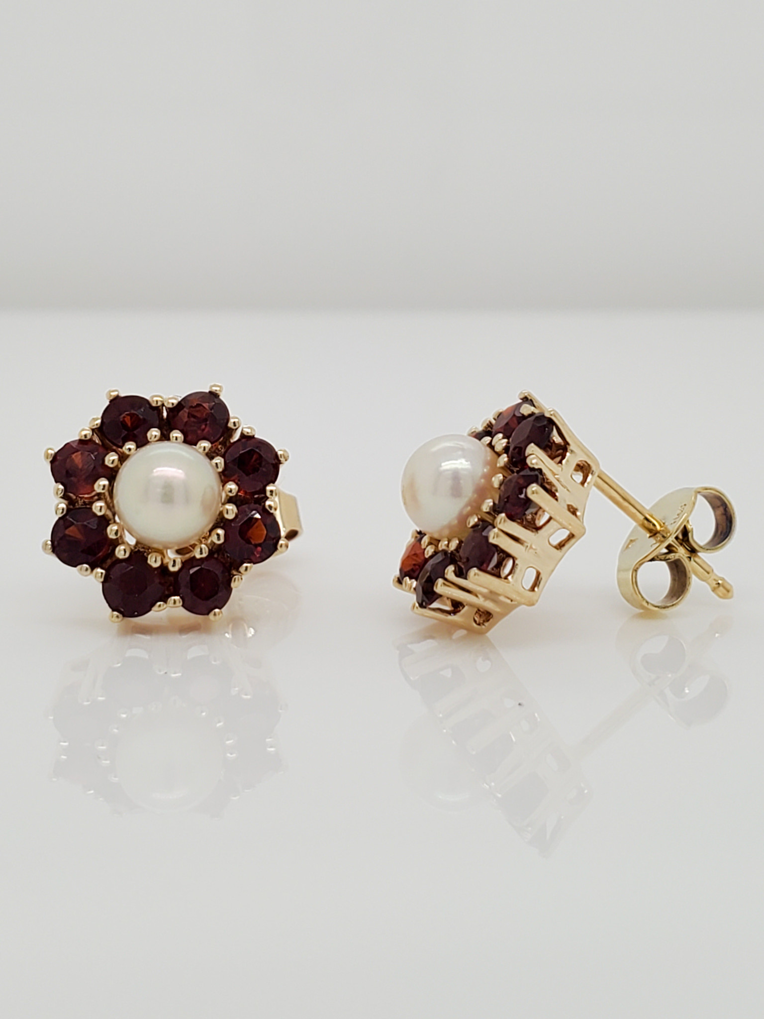 14KT Yellow Gold Estate Pearl and Garnet Stud Earrings