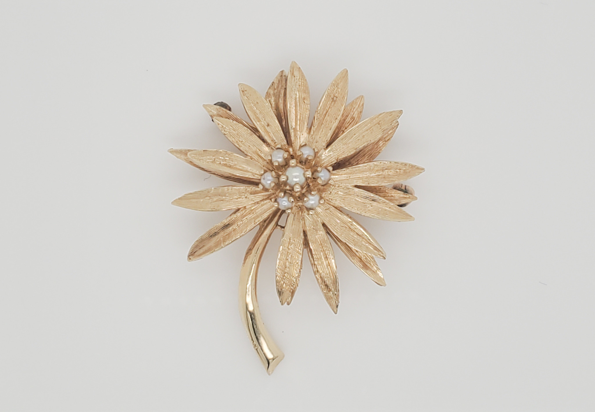 14K Yellow Gold Estate Pearl Cluster Flower Brooch
