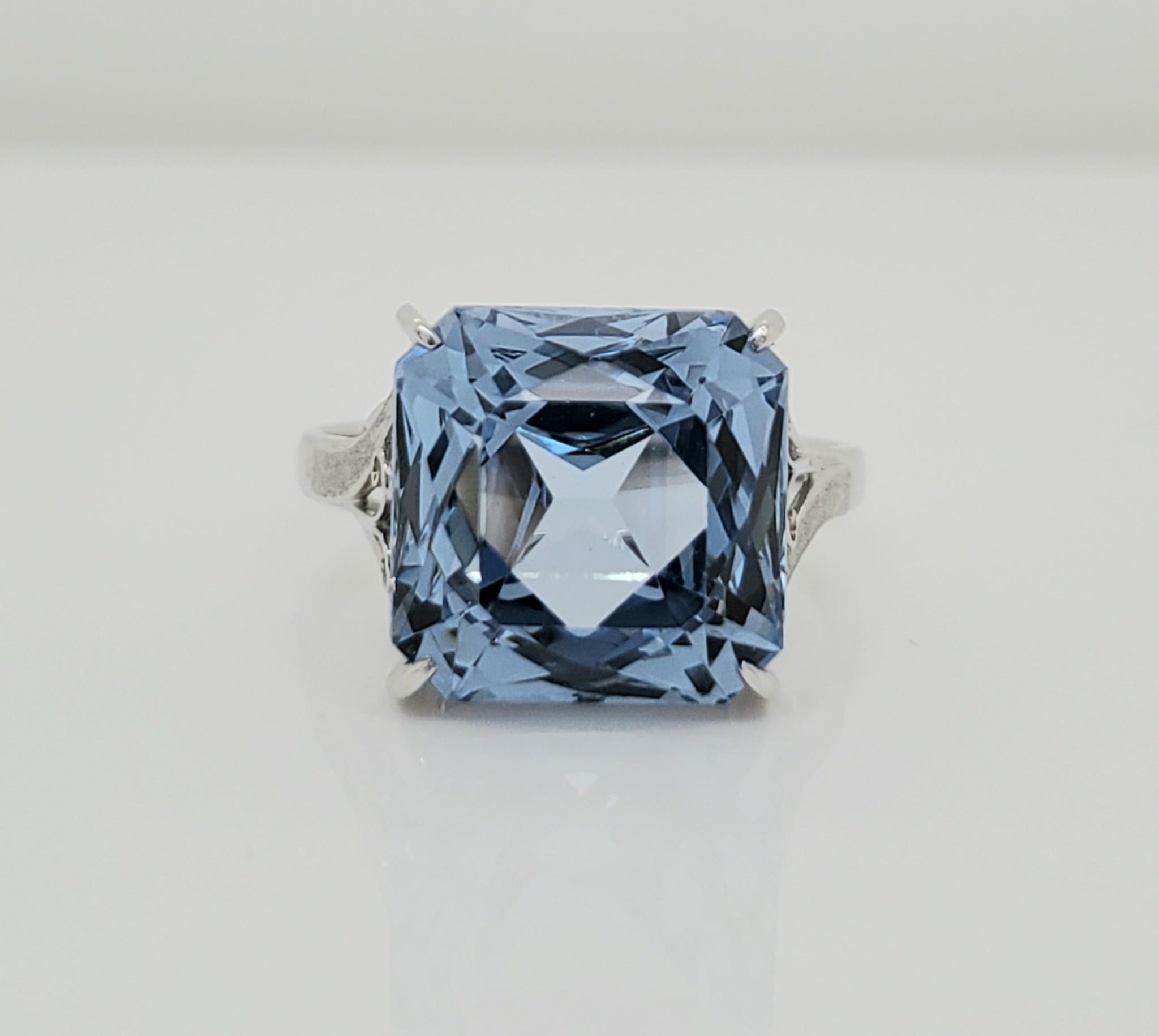14KT WG Blue Topaz Ring