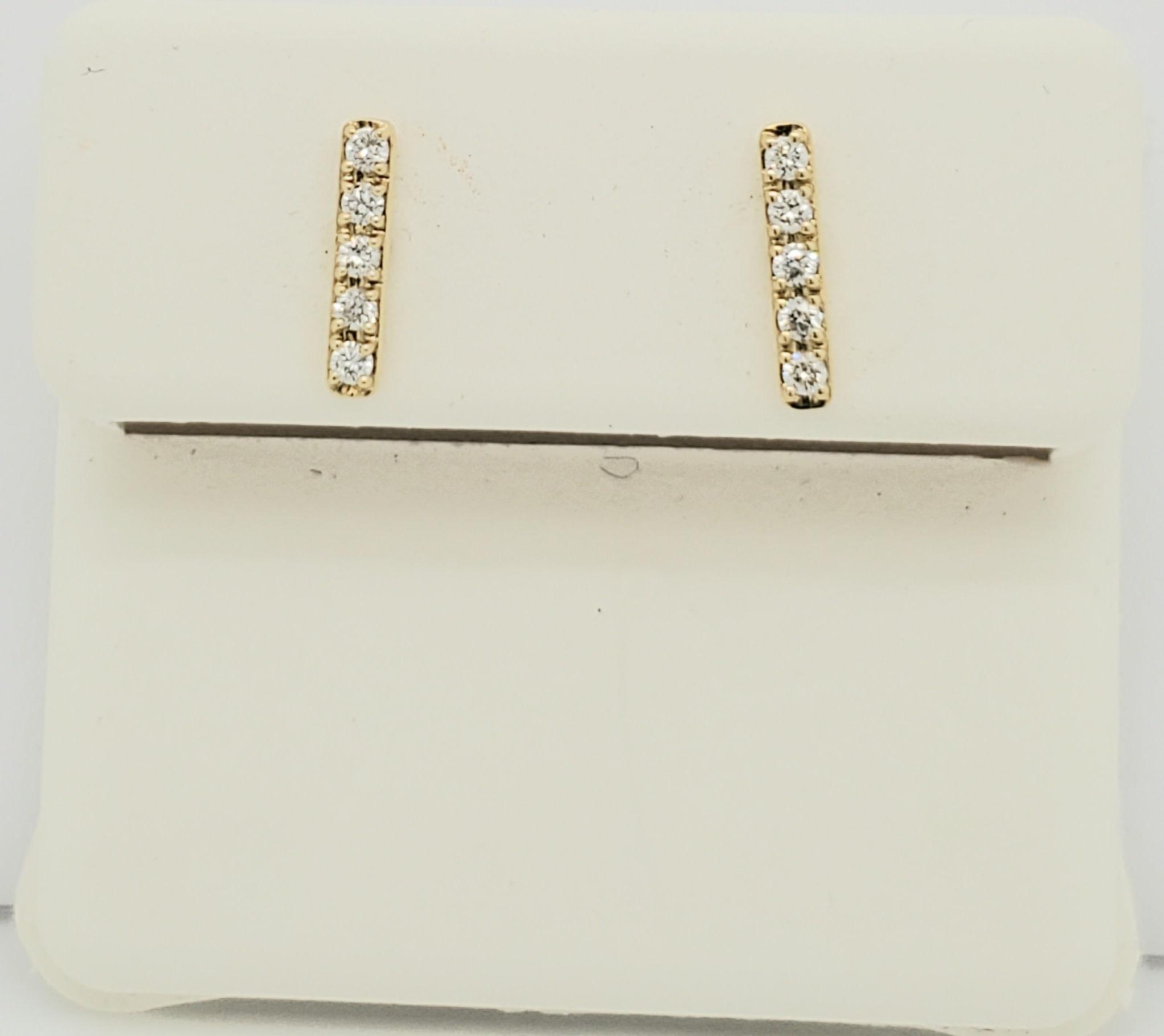 14KT Yellow Gold Diamond Bar Earrings 0.15 CTW