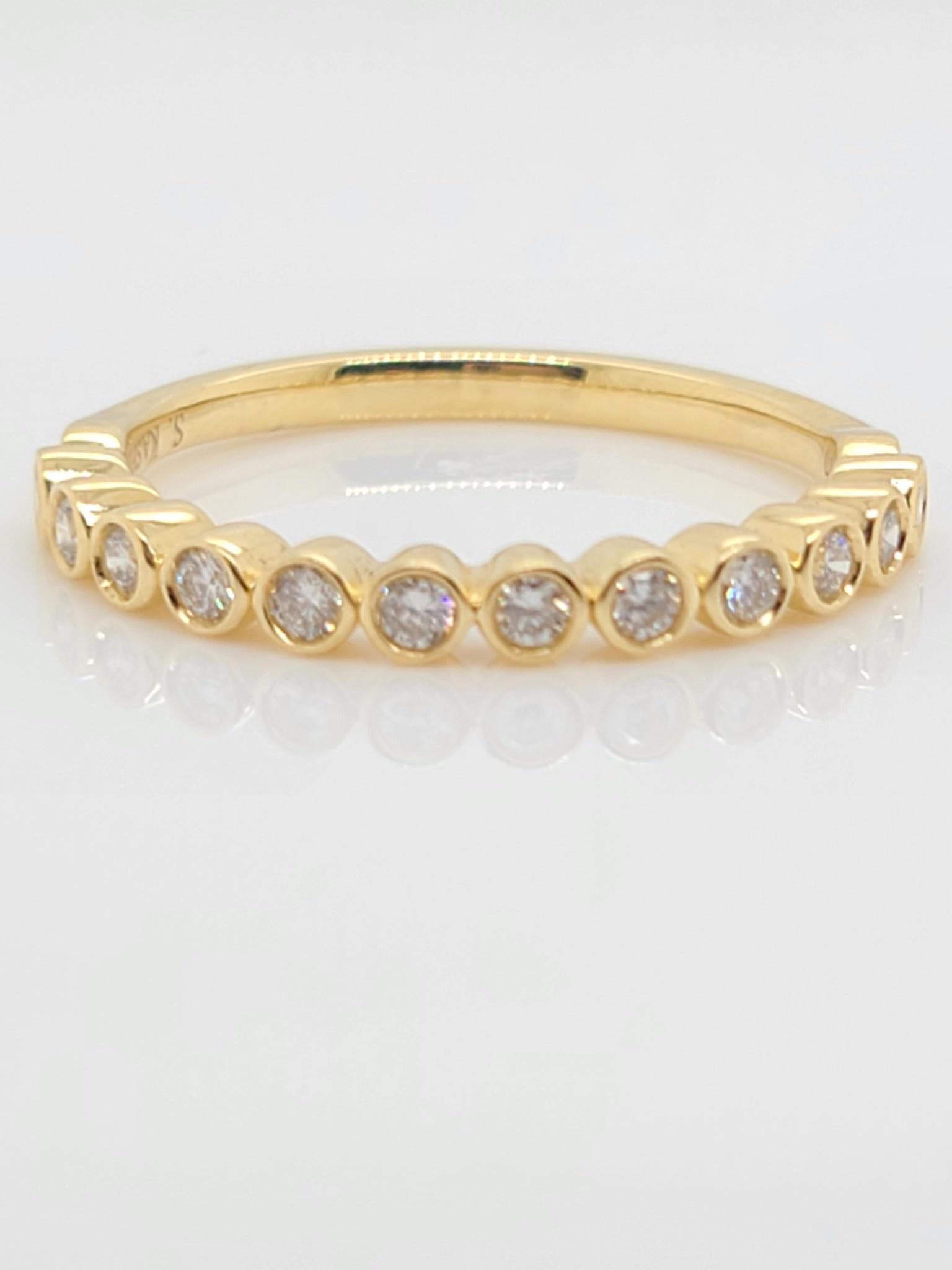 14KT Yellow Gold Round Diamond Bezel Set Band 0.25 CTW