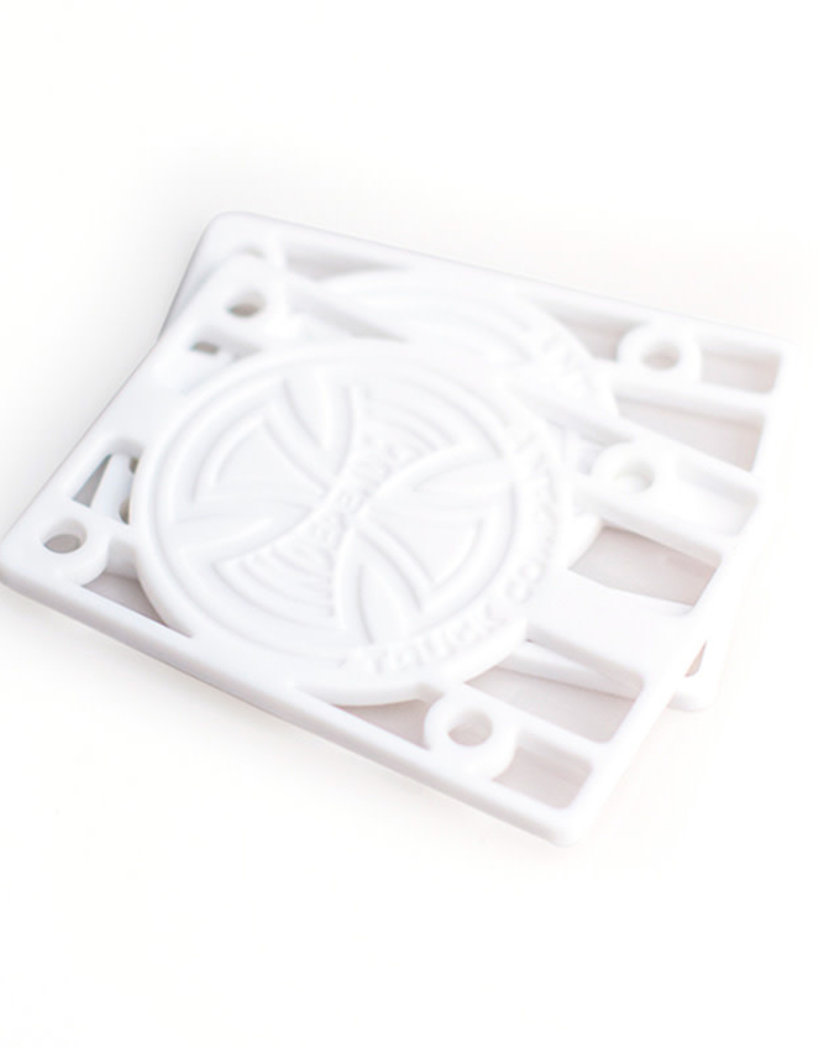 Independent INDY RISERS 1/8 INCH WHITE