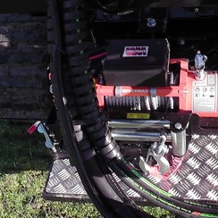 Electric Winch W/Remote