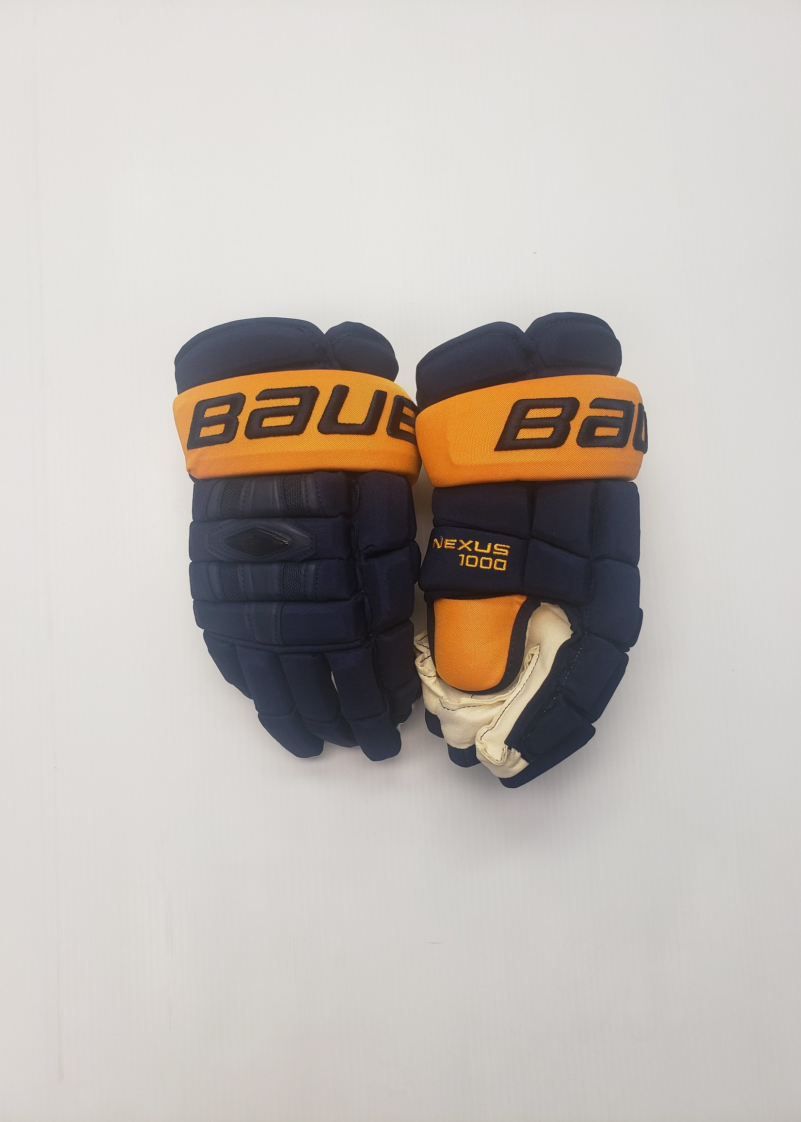 Bauer Nexus 1000 Predators Pro Stock  Gloves