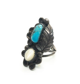 Vintage Silver Leaf and Ball Ring with Turquoise & White Chatoyant  Stones