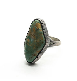 Vintage Southwest-Style Green Turquoise Sterling Ring