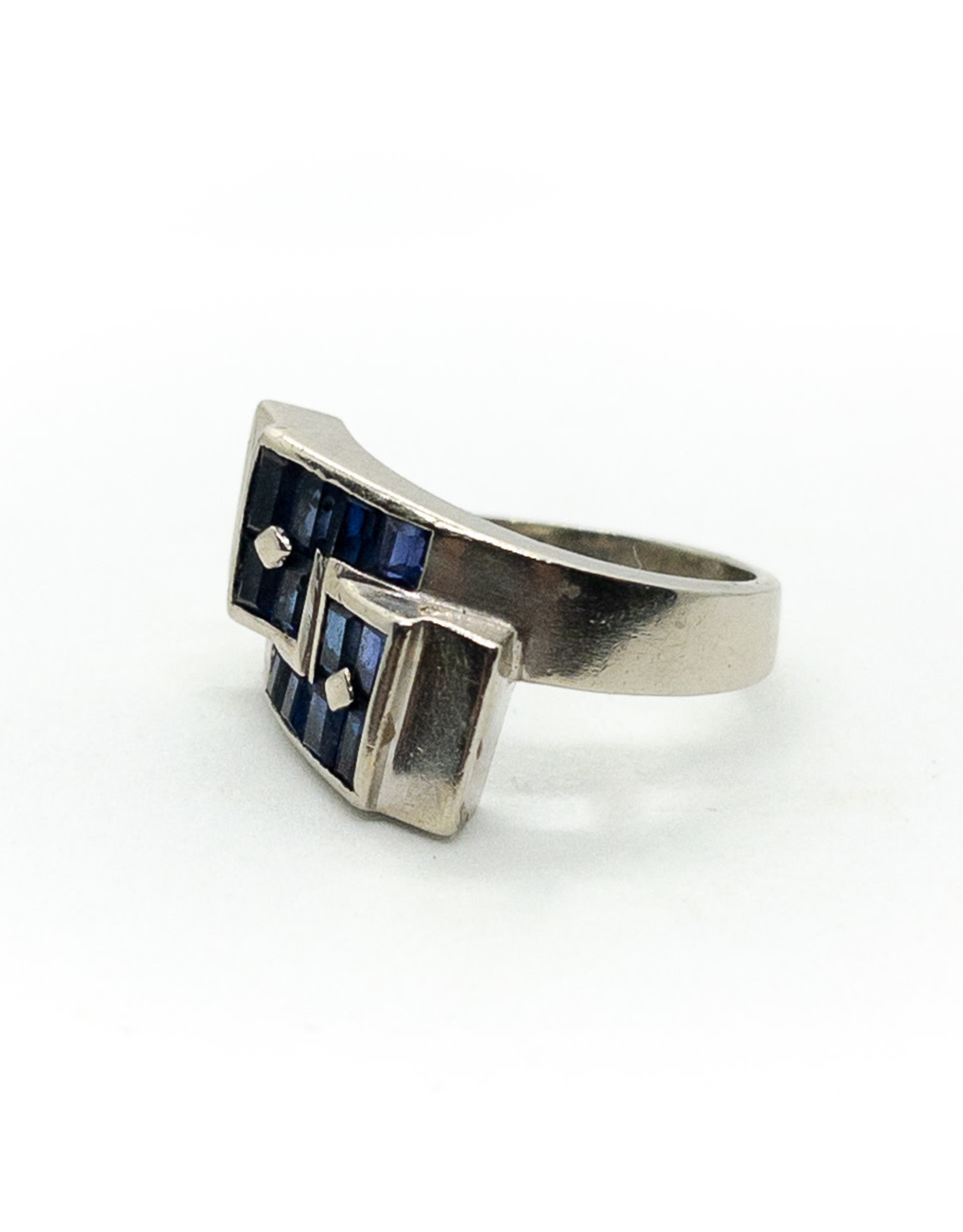 14K White Gold Ring with 12 Blue Sapphires