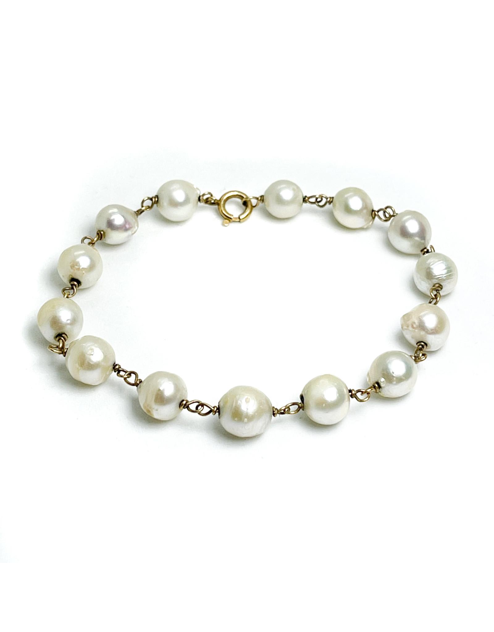 14K Gold Chain Pearl Bracelet