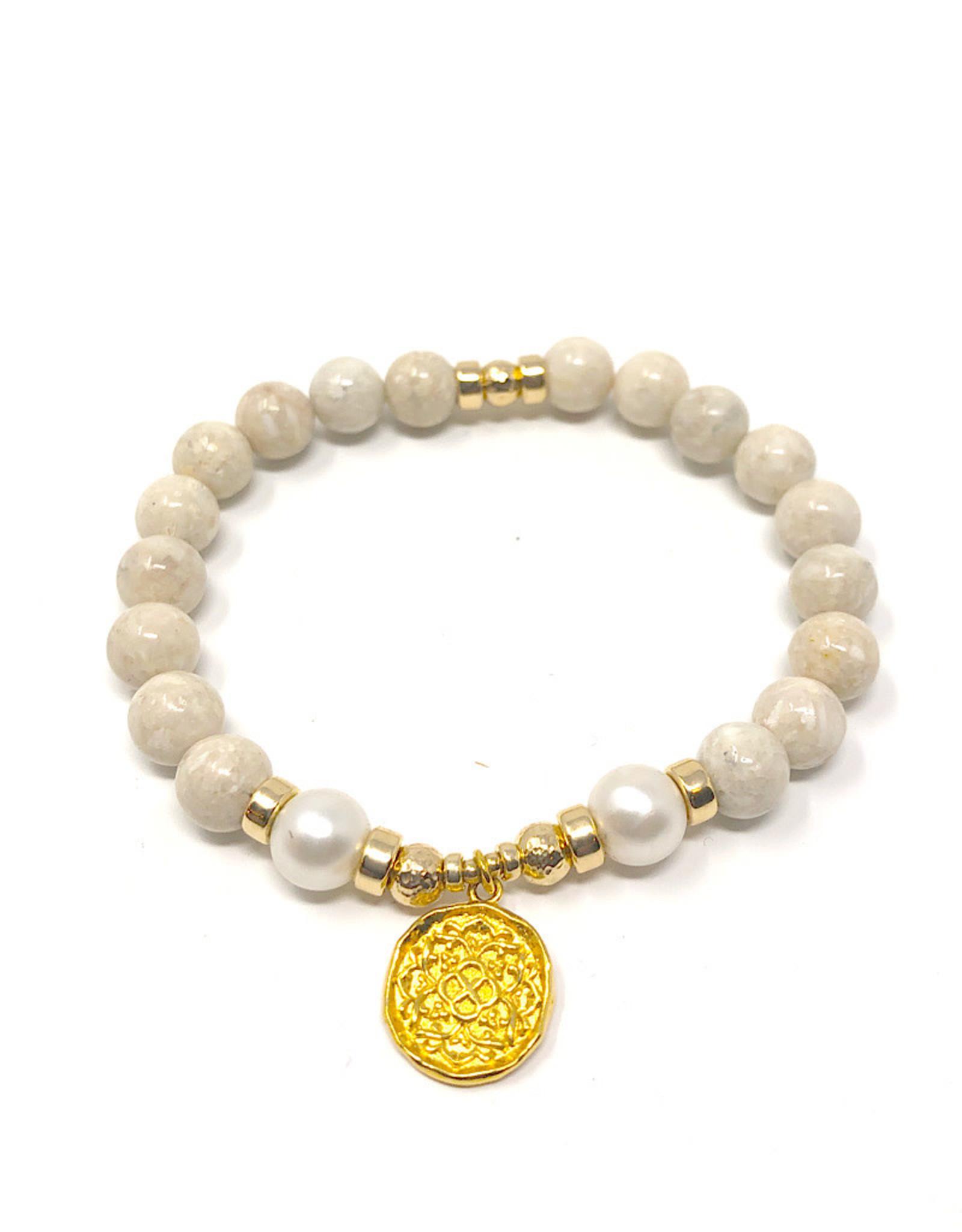 Beblue beblue Beige Bracelet with Gold Pendant
