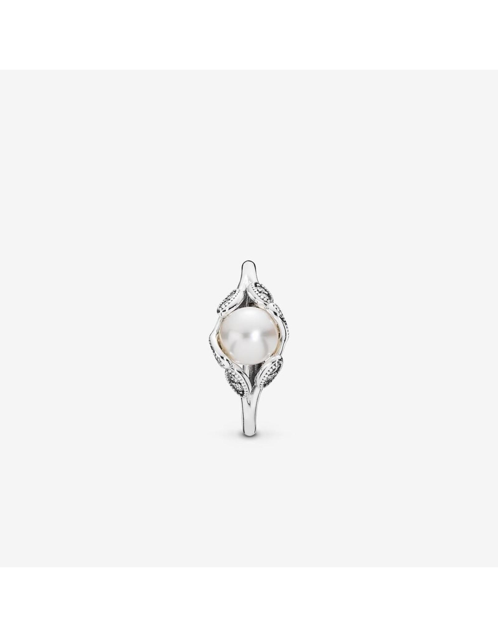 Pandora Pandora Ring, Luminous Leaves, White Pearl & Clear CZ
