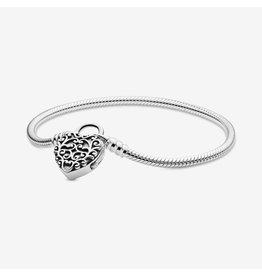 Pandora Pandora Moments Bracelet Regal Heart Padlock Clasp Snake Chain