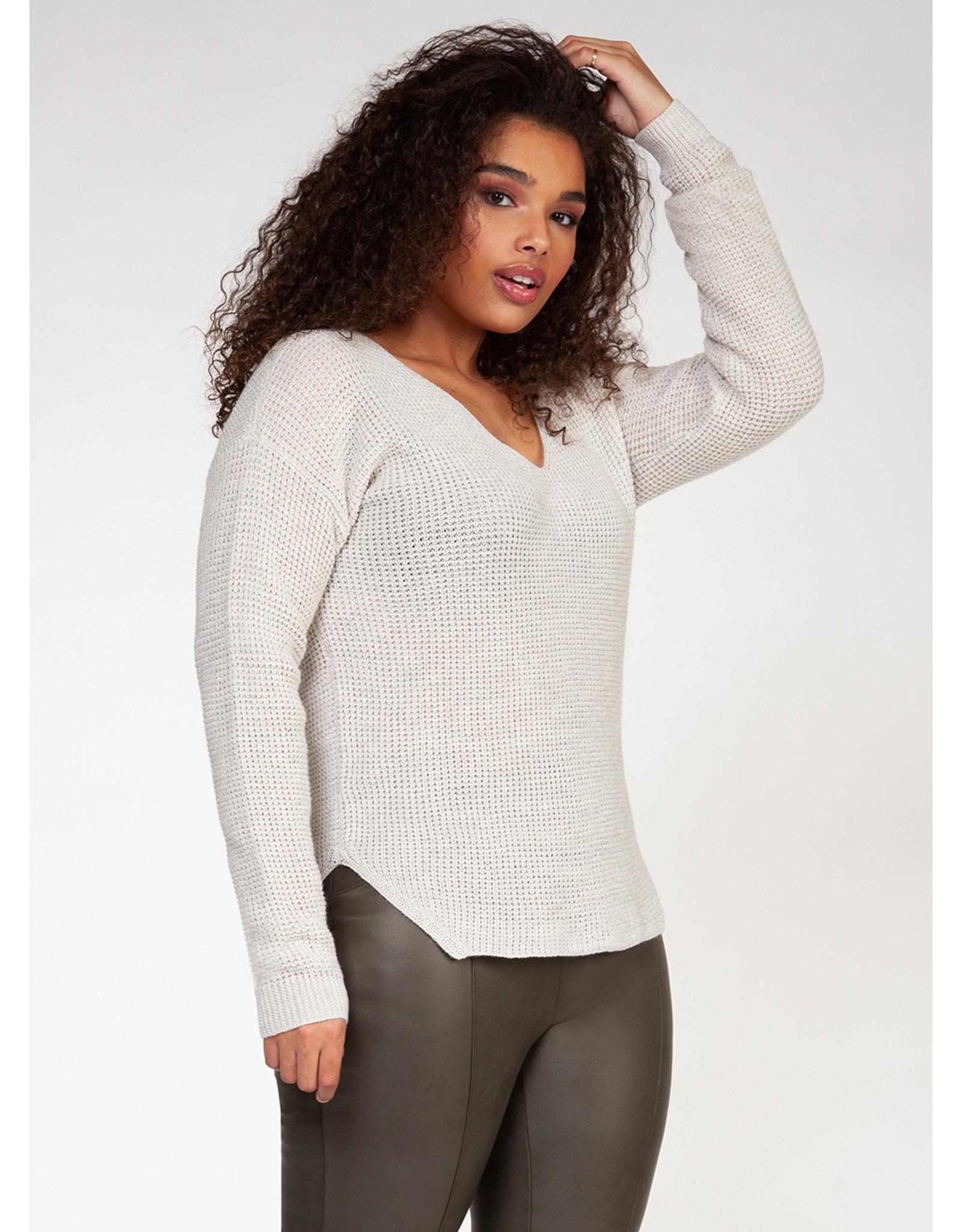 Dex Plus V-Neck Sweater Bevelled Hem