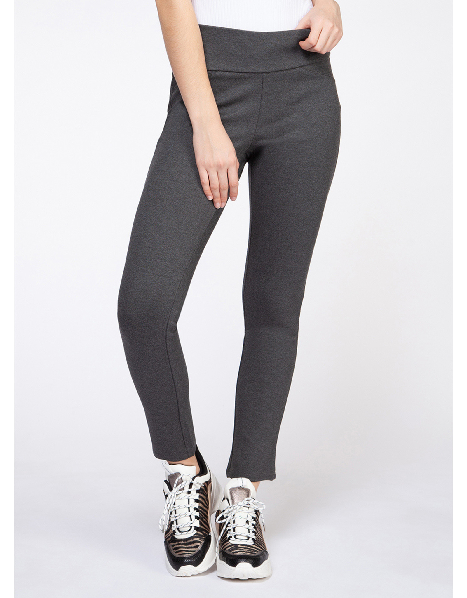 Pull-On Legging